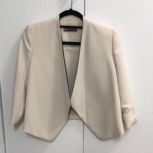 Alice and Olivia cream blazer size 0